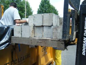 concrete-sheilding-blocks-loaded-into-intermodal-8-11-2009-1-30-42-pm_0